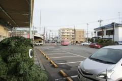 2.駅を背に龍ヶ崎駅前交差点へ向かいます